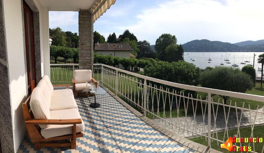 0 balcone vista lago