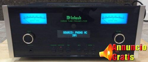 McIntosh C2500 Vacuum Tube Preamplifier 1